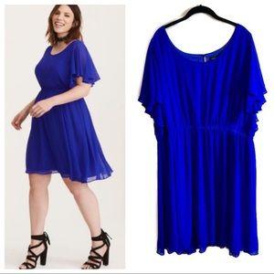 New Torrid blue short sleeve flowy surplice dress